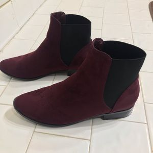 ALDO Chelsea Boots Sz 6